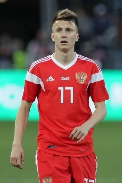 Александр головин (футболист) – биография, фото, личная жизнь, его девушка, рост и вес 2018   биографии
