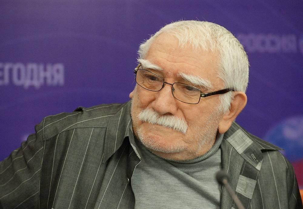 Биография Армена Джигарханяна