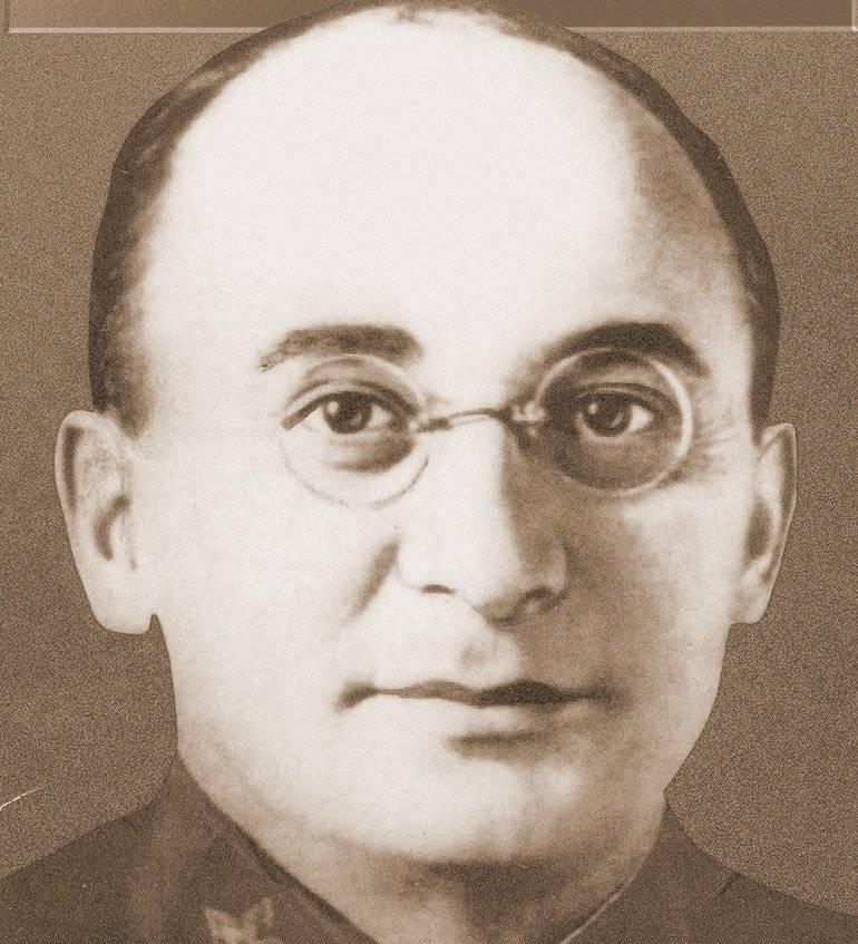 Биография партийного деятеля сталинской эпохи берии неоднозначна и вызывает споры