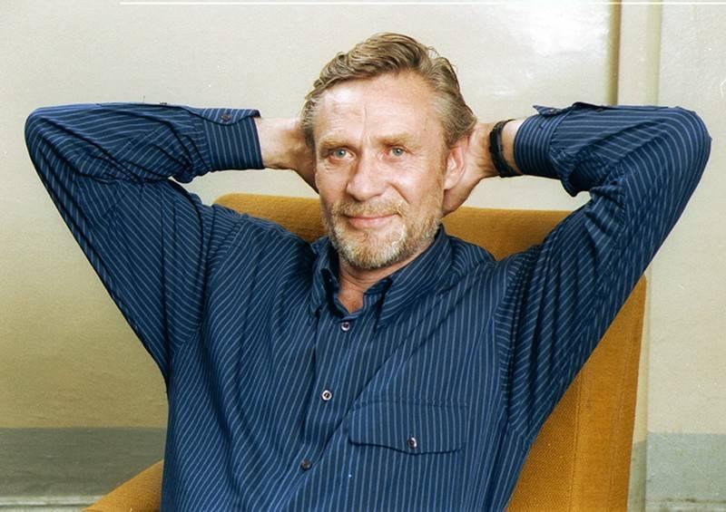 Александр михайлов: биография, личная жизнь, семья, жена, дети — фото