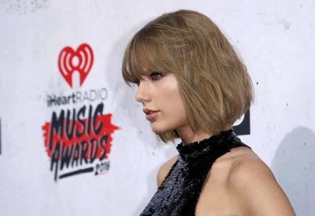 Тейлор свифт лишилась прав насобственные песни
