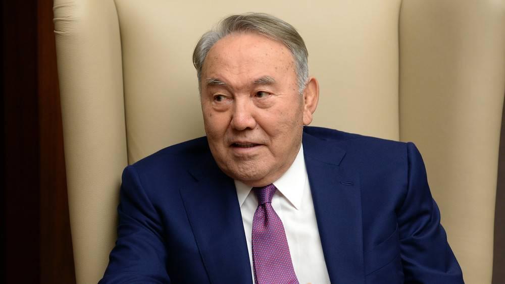Нурсултан назарбаев - первый президент казахстана - биография, фото, видео, новости