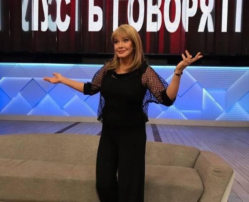 «я лежала, а он самоудовлетворялся»: проклова рассказала о странном романе с известным актером  // нтв.ru