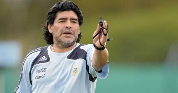 Диего марадона - футболист-легенда. фото, биография и достижения