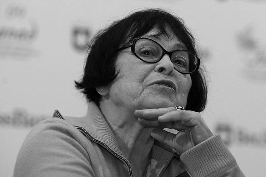 «кино — ширма, которой я отгораживаюсь от ужасов реальности»: скончалась режиссёр кира муратова  — рт на русском