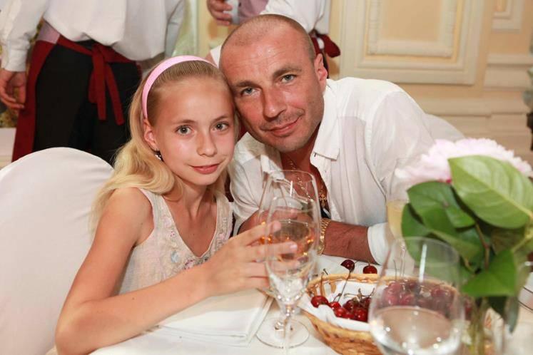 Александр жулин: биография, личная жизнь, жены, дети
