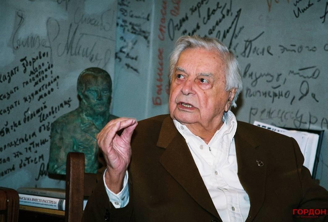 Юрий петрович любимов — биография, личная жизнь режиссера