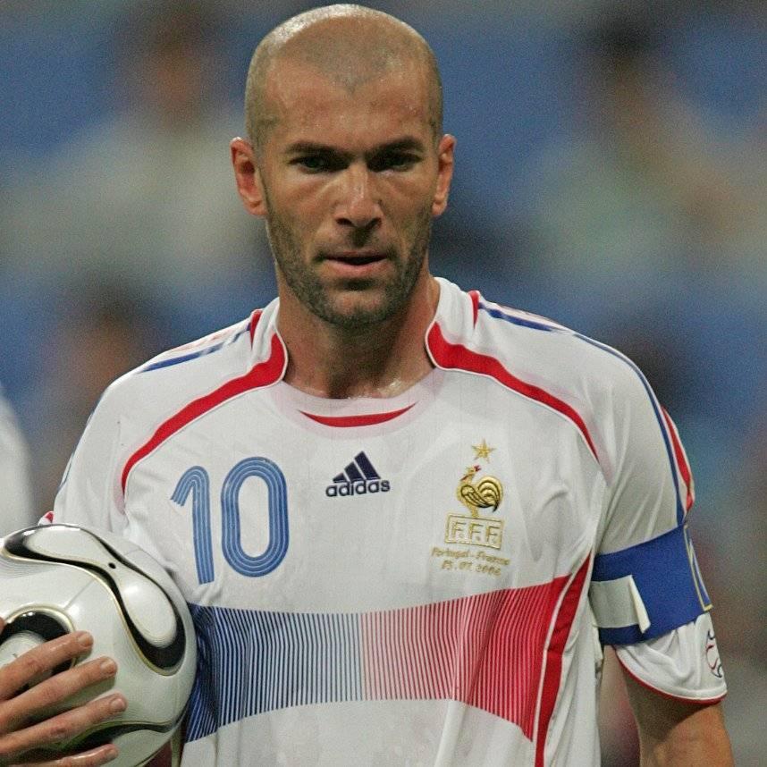 Величайший футболист франции – зинедин зидан