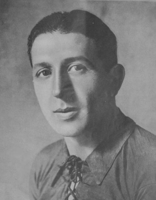 Артем калайджян (серго) – актер, блогер, сценарист
