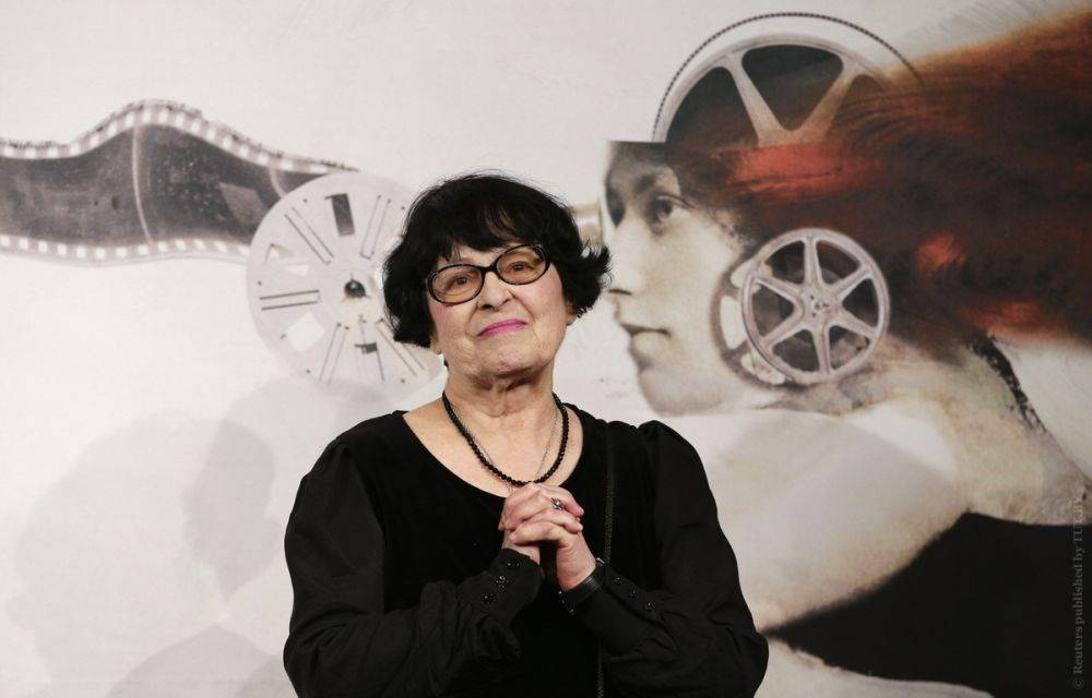 Кира георгиевна муратова - биография, фото, фильмы, личная жизнь, дочь, причина смерти