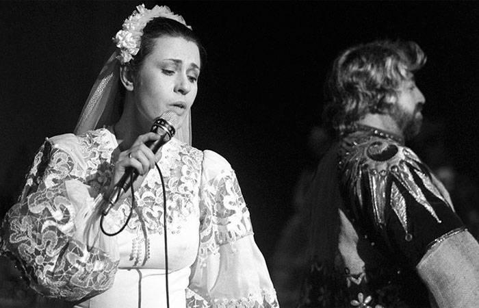 2 официальных брака и «муж от бога»: личная жизнь валентины толкуновой