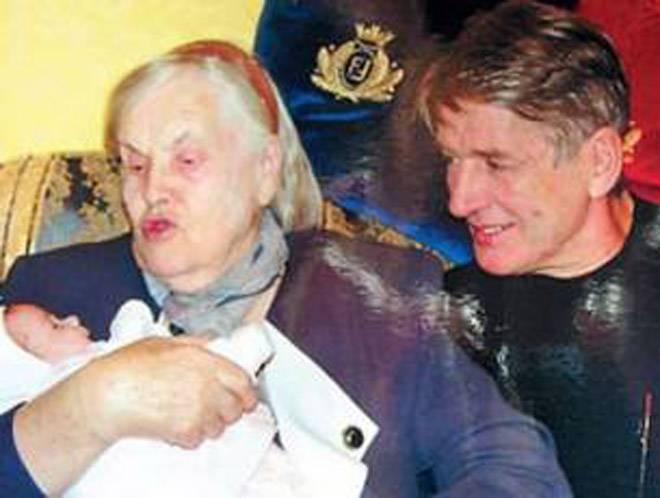 Александр абдулов — биография и личная жизнь актера (жена и дети), фильмы с его участием