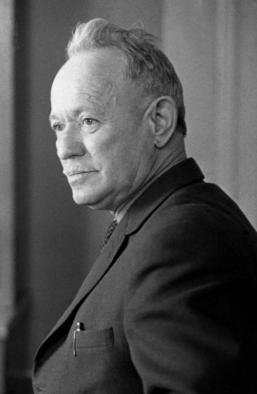 Биография шолохова кратко. жизненный путь писателя