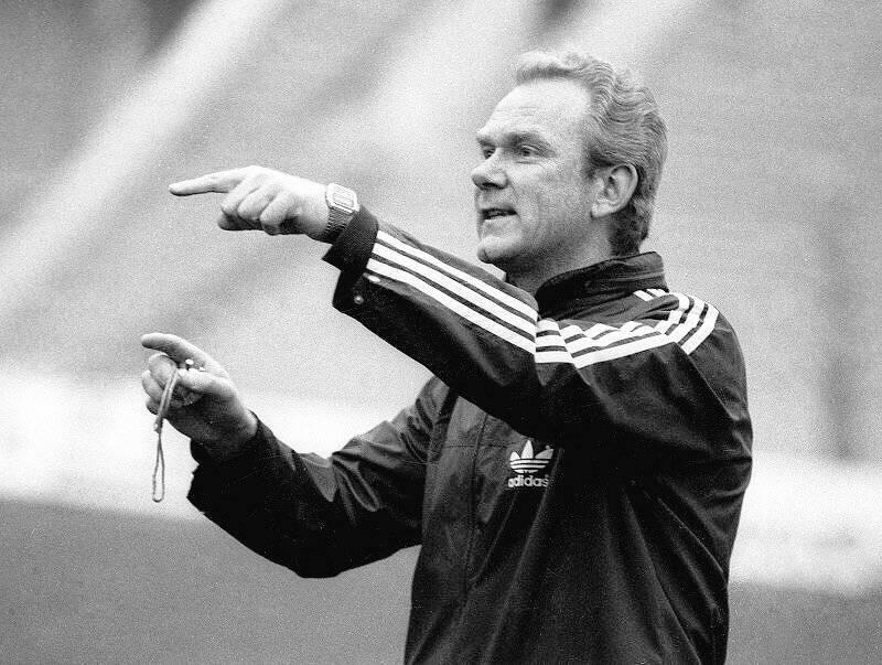 Валерий лобановский тренер, биография.