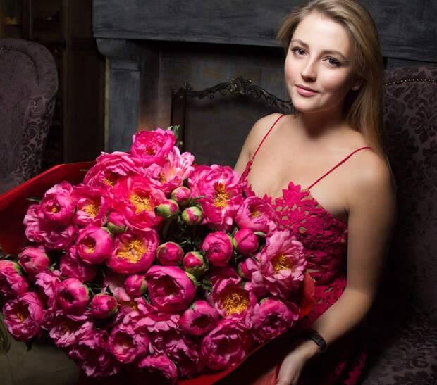 Анна михайловская: карьера в кино, муж и ребёнок актрисы, фильмография