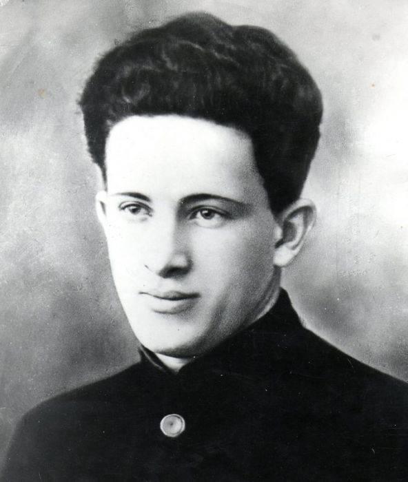 Юрий владимирович андропов