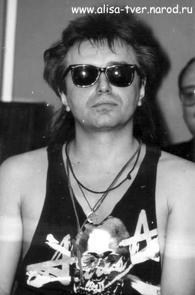 """Кинчев константин ℹ️ биография, личная жизнь, жена, дети лидера рок-группы """"алиса"""", песни и альбомы, последние новости, фото в молодости"""