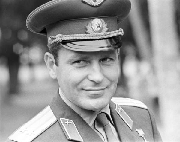 Герман титов: биография космонавта, личная жизнь, жена и дочери (галина и татьяна)