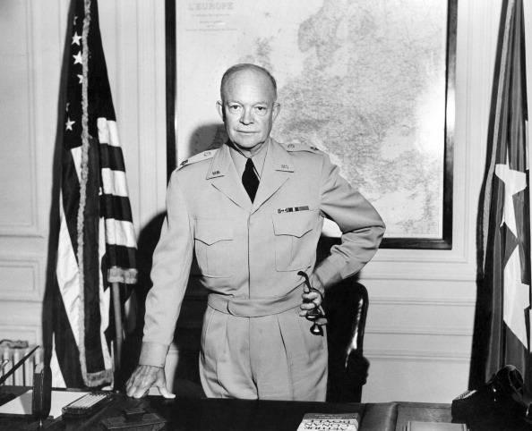 Дуайт эйзенхауэр биография. ранняя жизнь. военная и политическая карьера. 34-й президент сша. личная жизнь.