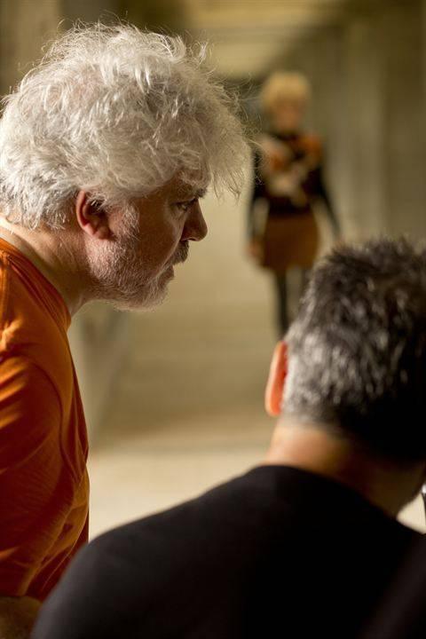 7 классных фильмов культового испанского режиссёра педро альмодовара