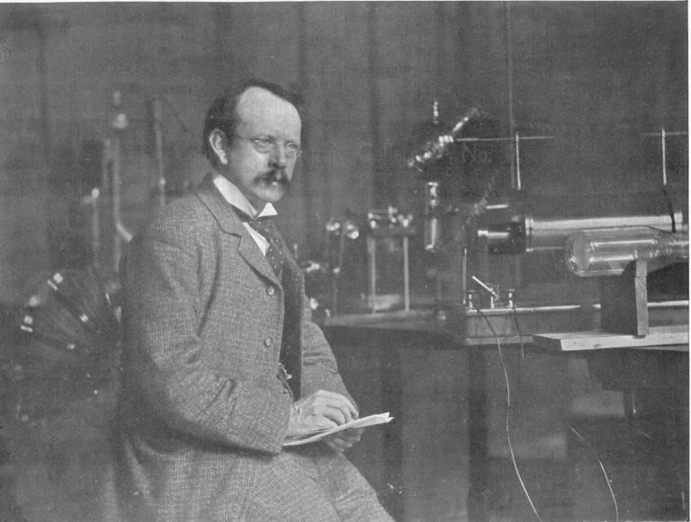 Открытие электрона: джозеф джон томсон