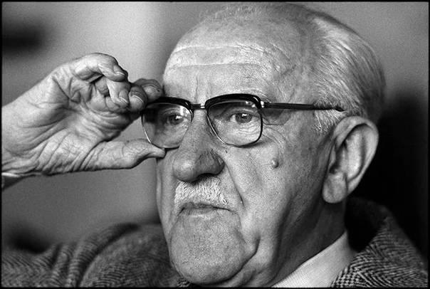 Лакснесс, халлдор кильян биография, католицизм, социализм