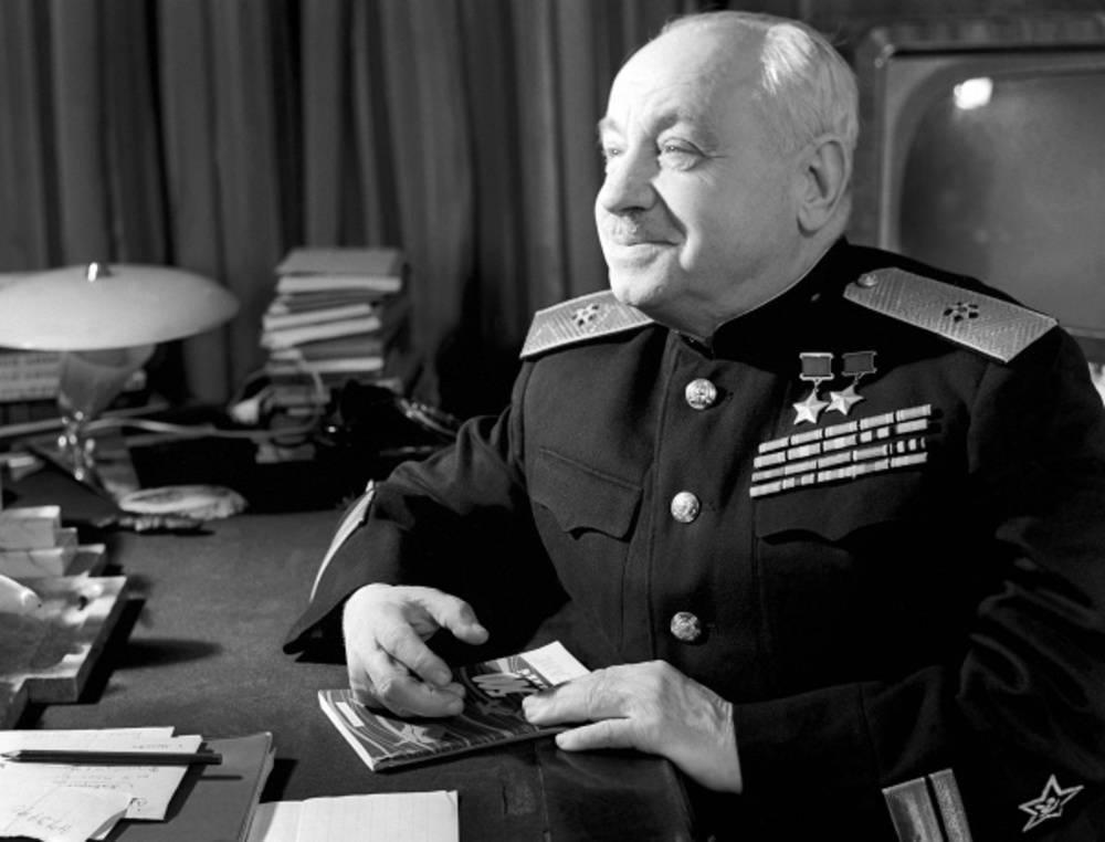 «обращал свои способности на благо страны»: как иван папанин стал дважды героем советского союза — рт на русском