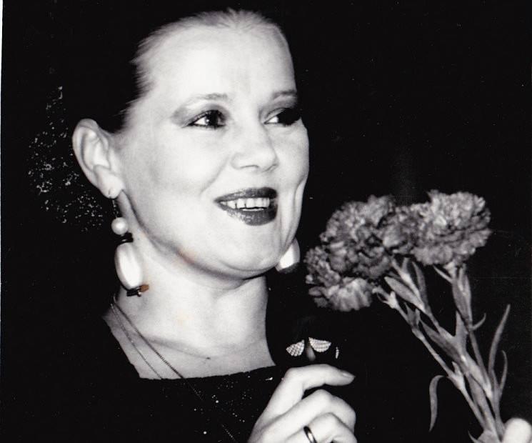 Людмила сенчина: биография, творчество и личная жизнь