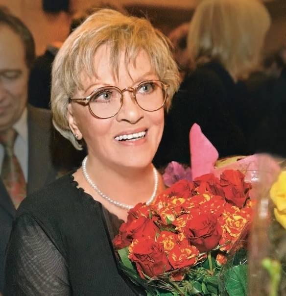 Алиса фрейндлих – биография, личная жизнь, фото, новости, актриса, фильмы, дочь, спектакли 2021 - 24сми
