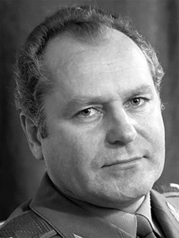 Юрий титов — биография, личная жизнь, фото, новости, певец, «фабрика звезд», теона контридзе 2021 - 24сми