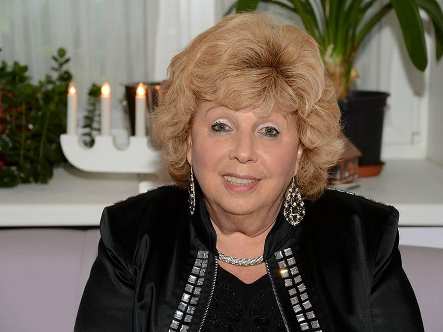 Рубальская, лариса алексеевна, биография, песенное творчество, популярные песни на стихи л. рубальской, награды и премии