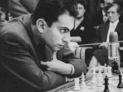 Шахматный король михаил таль