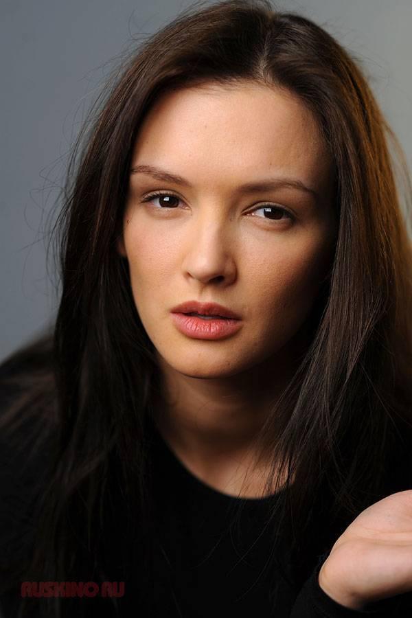 Российская актриса паулина андреева: вес, рост, биография, личная жизнь
