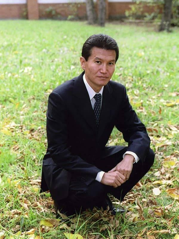 Илюмжинов, кирсан николаевич