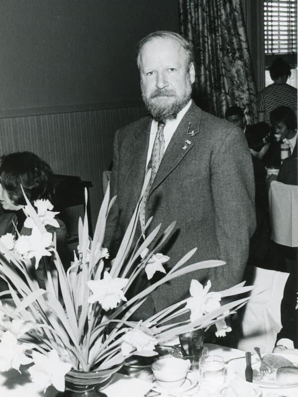Уильям голдинг биография.писатель.