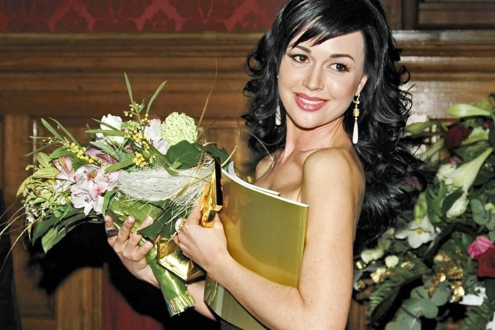 Анастасия заворотнюк: биография, личная жизнь, муж, дети, фото 2019