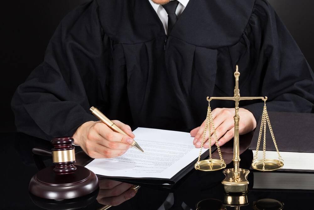 Самые известные юристы