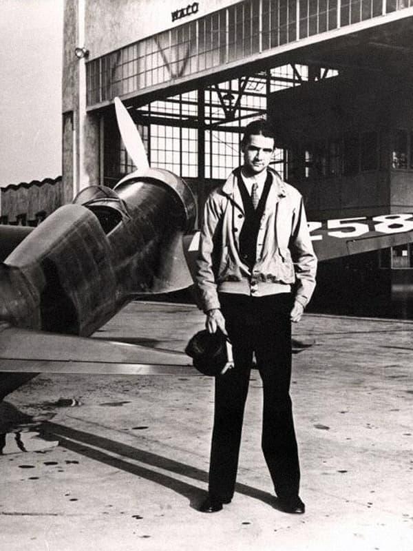 Говард хьюз биография. предприниматель,инженер, пионер авиации,режиссёр