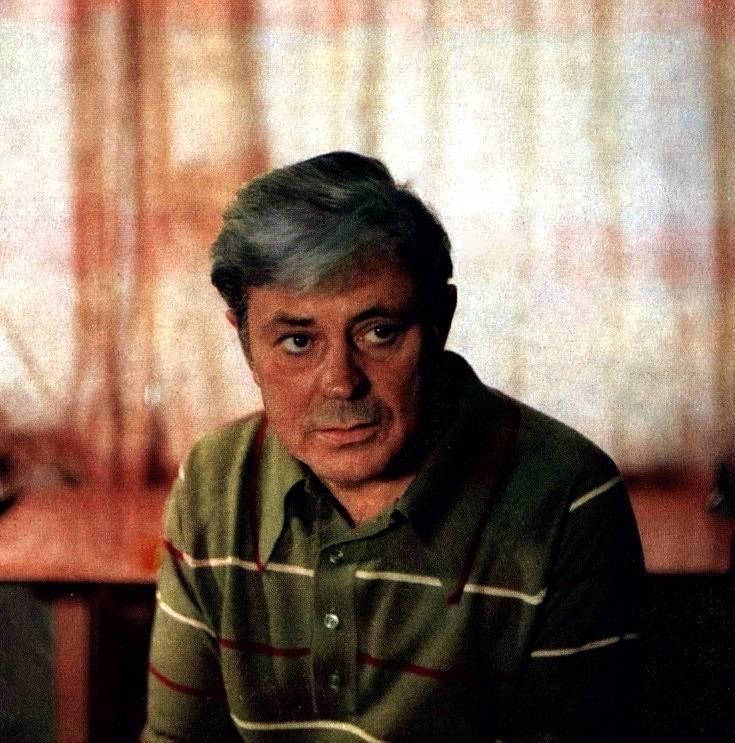 Донатас банионис. биография