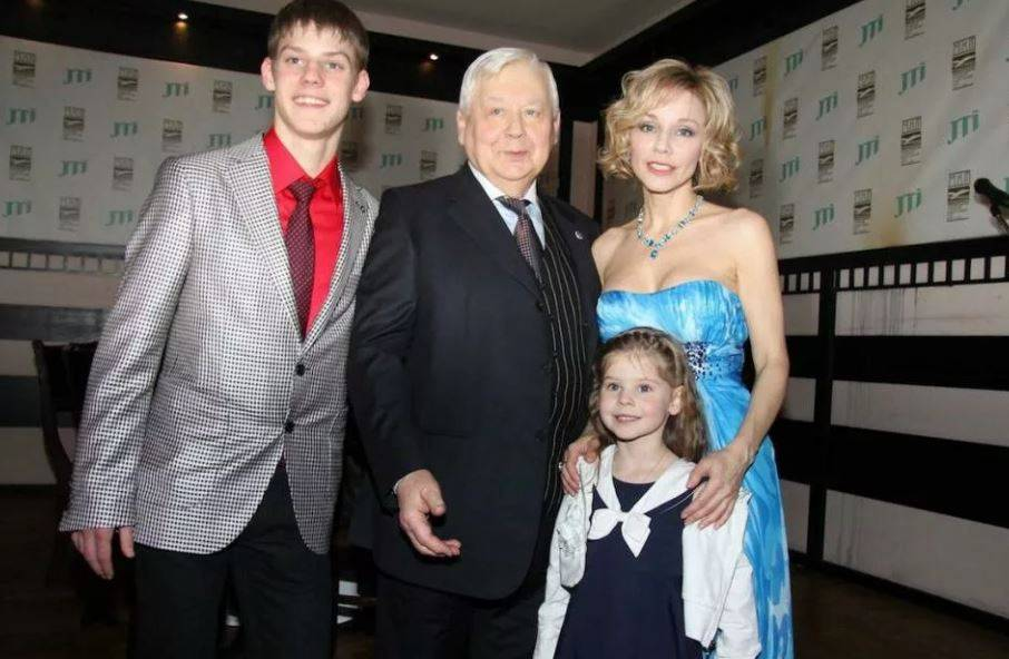 Олег табаков: биография, личная жизнь, дети, жена, фото