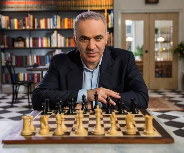 Гарри каспаров где сейчас живет и чем занимается международный гроссмейстер