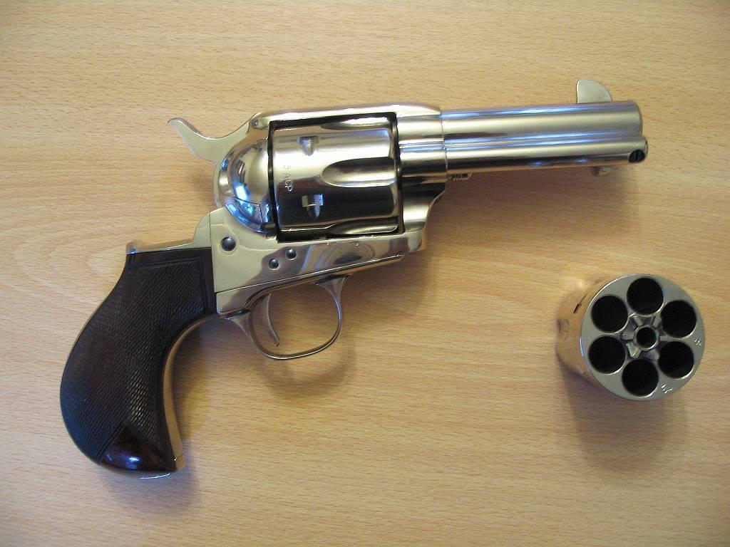 Существовал ли в реальности револьвер «от демонов» сэмюэля кольта