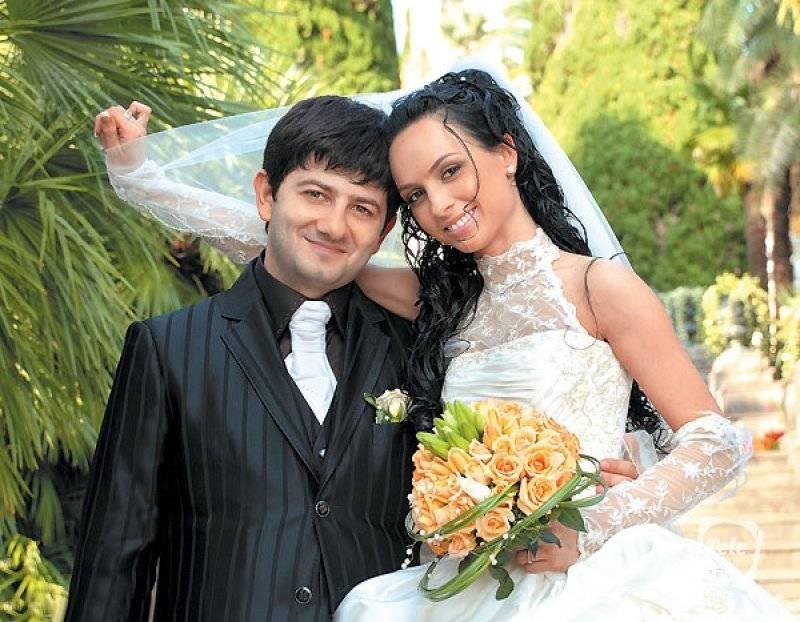 Михаил галустян: биография, личная жизнь, семья, жена, дети — фото - popbio - популярные биографии