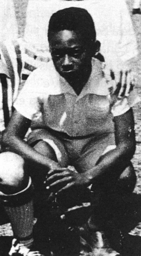 Арантес эдсон: биография, футбольная карьера пеле, награды и фото