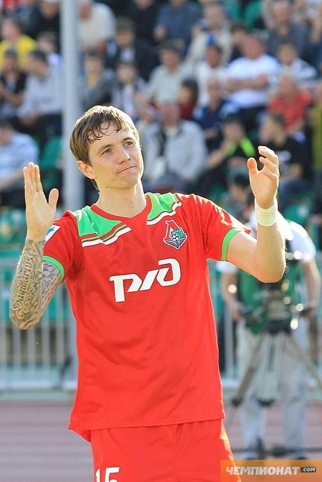 Роман павлюченко: биография, становление спортивной карьеры, личная жизнь футболиста