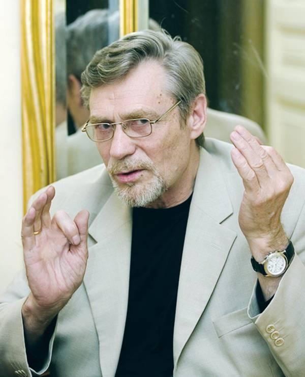 Выстраданное счастье александра михайлова: три мечты, два брака и четверо детей известного актёра