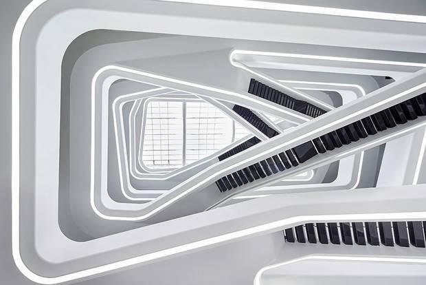 10 самых популярных и красивых зданий захи хадид
