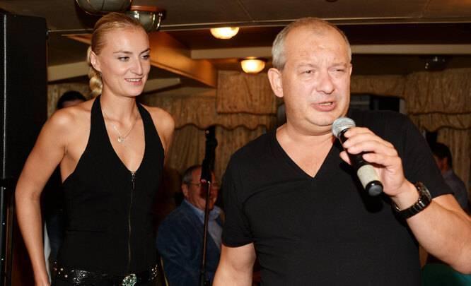 Ксения бик — биография, личная жизнь, фото, новости, жена дмитрия марьянова 2021 - 24сми