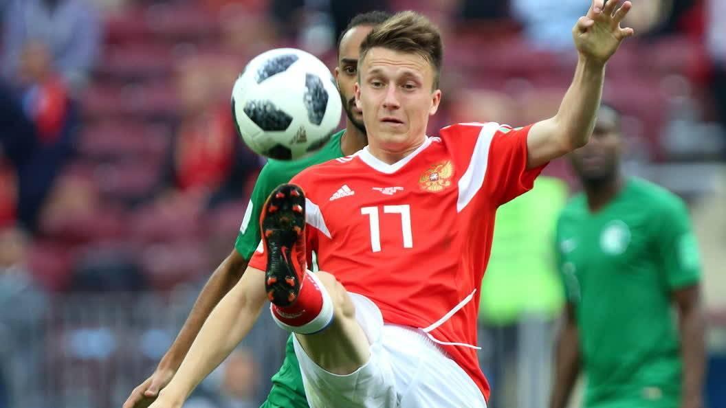 Александр головин: биография футболиста, дата рождения, личная жизнь, спортивная карьера и фото
