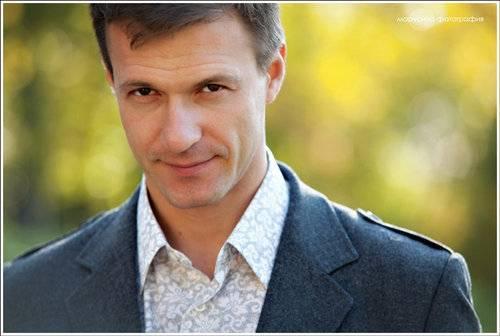 Константин стрельников (актер) – семья с женой полиной сыркиной, биография и фильмы с участием артиста